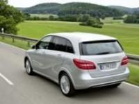 Mercedes-Benz B 200 s pohonem na zemní plyn bude debutovat v Paříži
