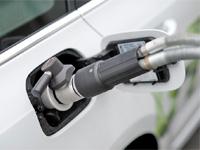 Ministerstvo přispěje obcím a krajům na nákupu vozů na CNG